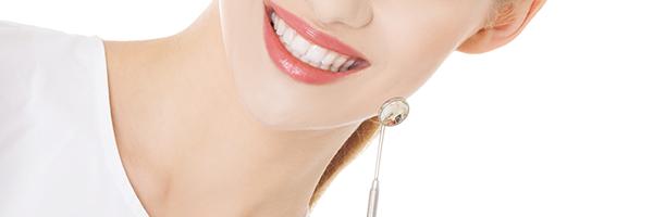 定期検診でむし歯・歯周病を予防すること
