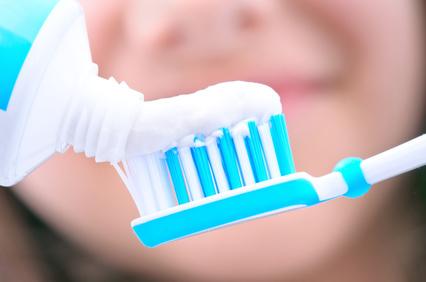 食後すぐ歯を磨く