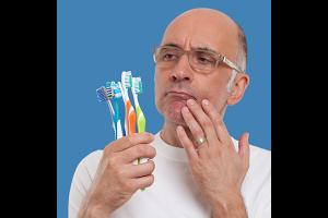 軟らかい歯ブラシで丁寧に磨く