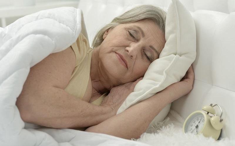 毎日入れ歯安定剤を外してから寝るって本当?
